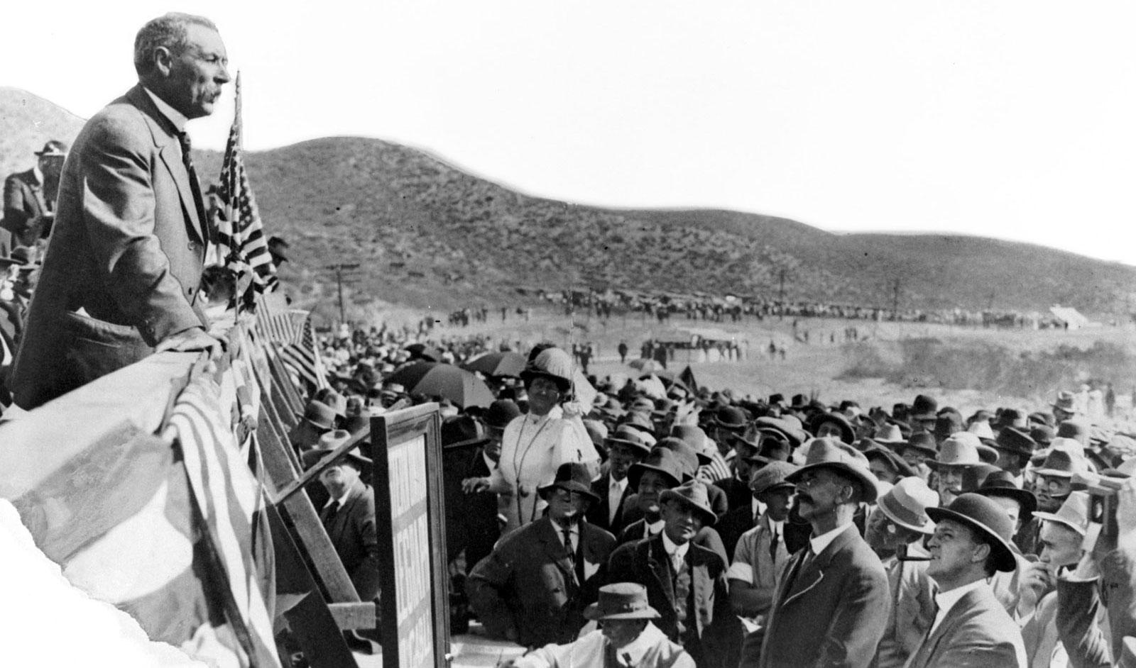 The L.A. Aqueduct at 100 - Los Angeles Times
